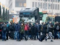 20 12 2016 Berlin Deutschland GER Weihnachtsmarkt am Breitscheidplatz mit diesem LKW wurden am