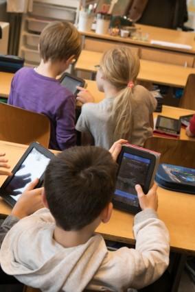 Grundschule an der Gänselieselstraße 33. Die Schule ist vorbildlich in der Medienbildung und ist daher eine der Netzwerkschulen im bayernweiten Projekt Digitale Schule 2020. Digitaler Unterricht.