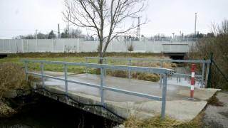 Mammendorf: Abriss-Brücke am Baywa-Graben