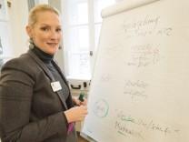 Haar, Isar-Amper-Klinikum, Psychiaterin und Psychotherapeutin Susanne Pechler und ihr Suchtprogramm, für Adventskalendertürchen,
