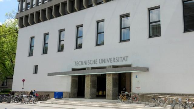 Hochschule in München Spende an TU