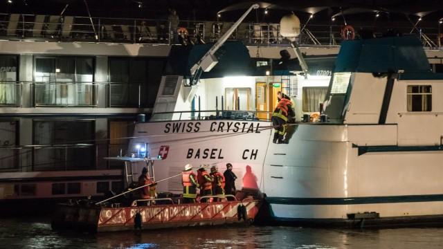 Schiffsunfall auf dem Rhein