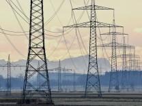 Stromleitungen bei Germering