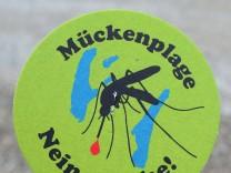 Demo wegen Mückenplage