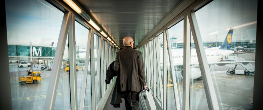 01 12 2017 München Bayern Deutschland GER Flughafen München Franz Josef Strauß IATA Code MUC