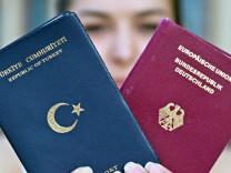 Türkischer Pass, Jahresrückblick, Hakan Tanriverdi
