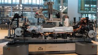 Gläserne Manufaktur von Volkswagen in Dresden