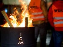 Metall-Arbeitgeber stellen sich auf Streik ein