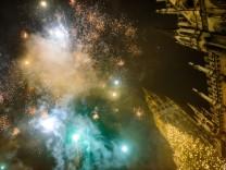 Feuerwerk über dem Münchner Marienplatz, 2016/17
