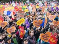 Demonstration gegen Einzug der AfD in den Bundestag