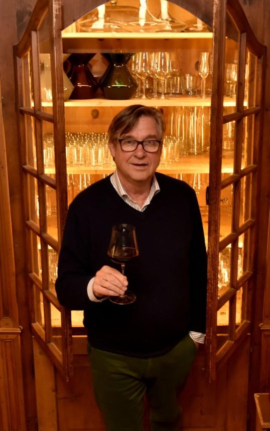 Wein-Experte Jens Priewe - Der Mann, der dem Wein eine Sprache ...