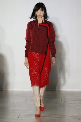 Lutz Huelle : Runway - Paris  Fashion Week Womenswear Spring/Summer 2018