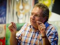 Germering: LINKE-Bundestagskandidat KLAUS ERNST im Nacht-Asyl