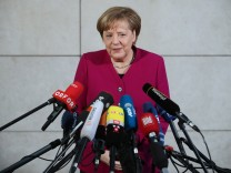 SPD, CDU And CSU Hold Preliminary Coalition Talks