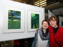 Die Fotowilden präsentieren ihre Bilder; Ausstellung im Sparkassenfoyer
