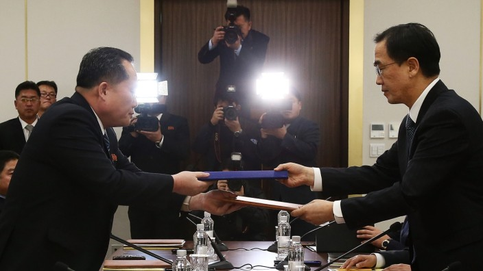 South and North Korea Hold High-level Talks In Panmunjom