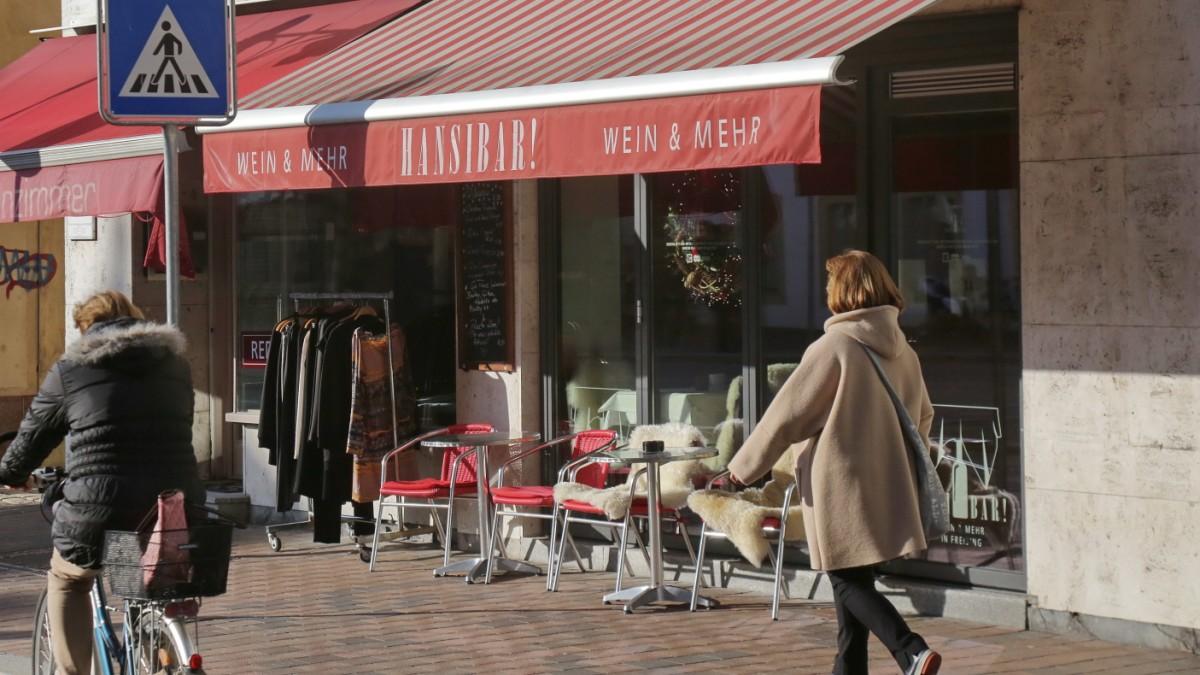 Ausgehen in Freising - Alle blond, alle chic. Eine Bar mit ...