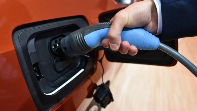 Elektrofahrzeuge setzen Bosch und Continental unter Druck