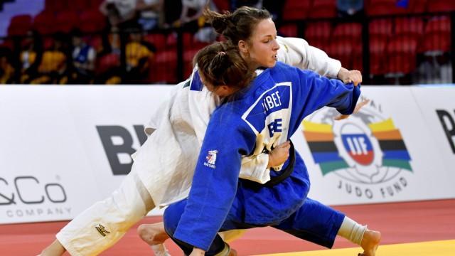 17 11 2017 JUDO THE HAGUE GRAND PRIX DEN HAAG Amelie Stoll GER wint brons in de categorie 57kg bl; Judo