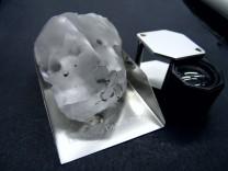 Diamant mit mehr als 900 Karat in Lesotho gefunden