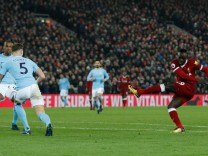 Premier League - Liverpool vs Manchester City