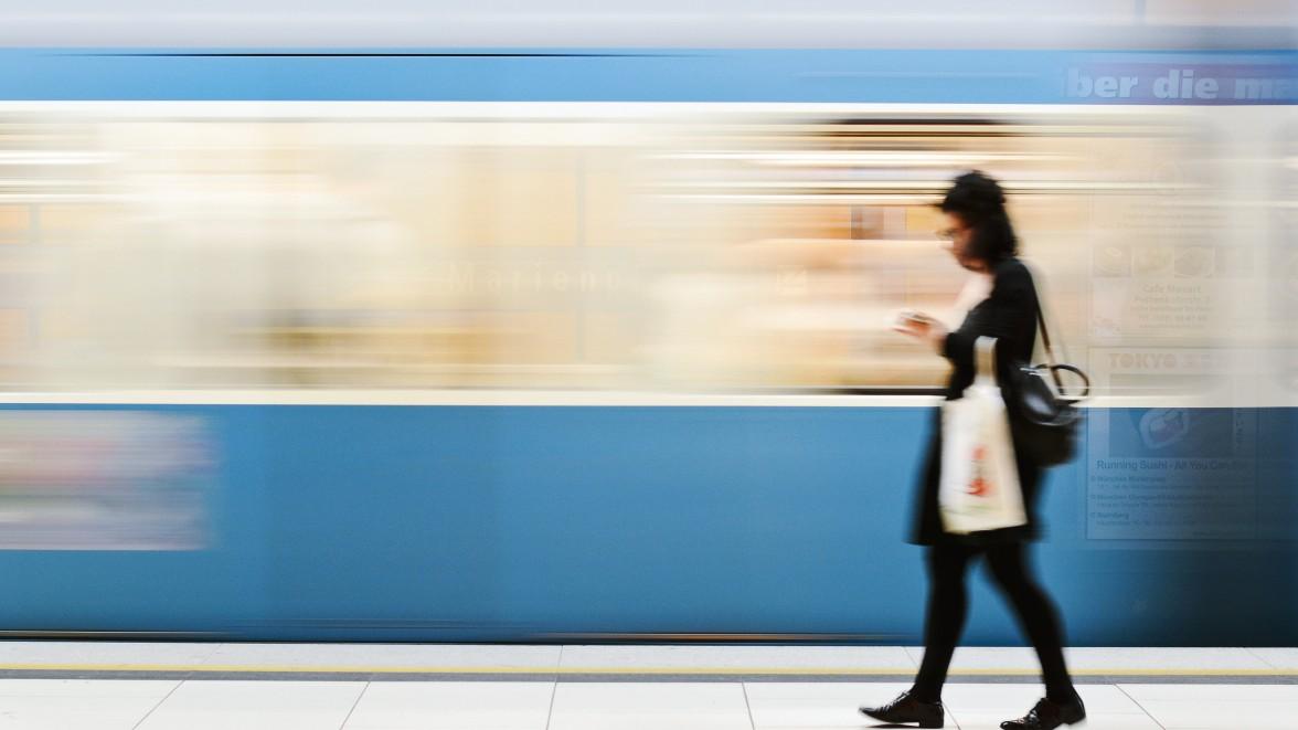 U-Bahn soll am Wochenende rund um die Uhr fahren