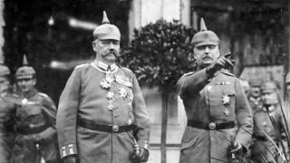 Paul von Beneckendorff und von Hindenburg mit Erich Ludendorff, 1917