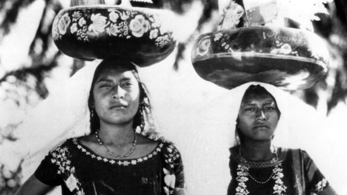 QUE VIVA MEXICO, 1932