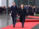 Merkels Blick auf die neue Regierung in Wien (Vorschaubild)