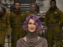 Laura Dern is Vice Admiral Holdo in Star Wars The Last Jedi 2017 Los Angeles CA PUBLICATIONxINxGE