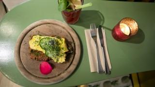 Fruhstucken Im Cafe Gartensalon In Der Maxvorstadt Munchen