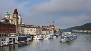 Cruise ship passing on the River Danube Passau Bavaria Germany Europe PUBLICATIONxINxGERxSUIxAUT