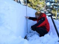 Schneeprofil am Brauneck