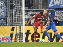 TOR zum 0 1 durch Leon Bailey Bayer 04 Leverkusen per Hacke Hackentor gegen Kevin Vogt TSG 1899 Hoff