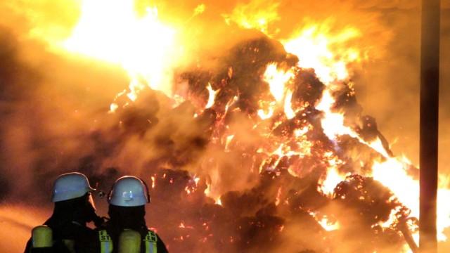 Defekter Schmelzofen - 56 Menschen bei Brand in Markt Schwaben ...