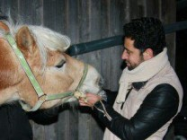 Mohamad Alkhalaf mit Pferd