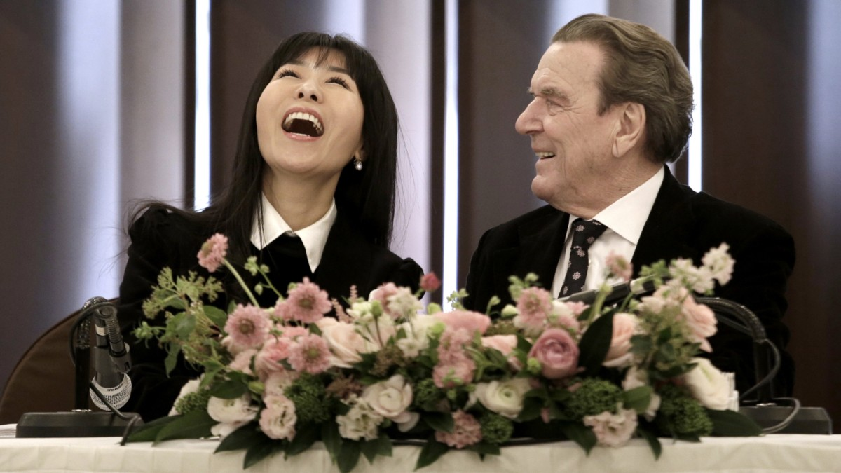Gerhard Schroder Heiratet Freundin So Yeon Kim Panorama