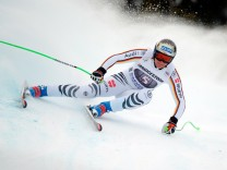 Alpine Skiing - Men's Downhill training