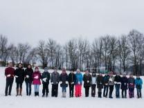 An der kleinsten Grundschule Bayerns arbeiten der Direktor und zwei Lehrerinnen für nur 20 Schüler.