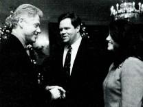 (FILE) Vanity Fair Publishes Monica Lewinsky Articles On Clinton Affair Monica Lewinsky meets with President Clinton