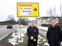 Bessere Beschilderung wird gewünscht; Am Gewerbegebiet Rothenfeld