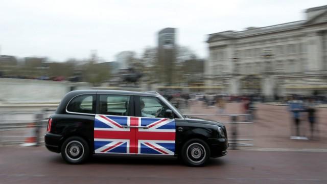 Elektromobilität und alternative Antriebe Black Cabs mit E-Motor