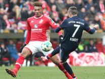 Jean Philippe Gbamin vom FSV Mainz 05 gegen Franck Ribery