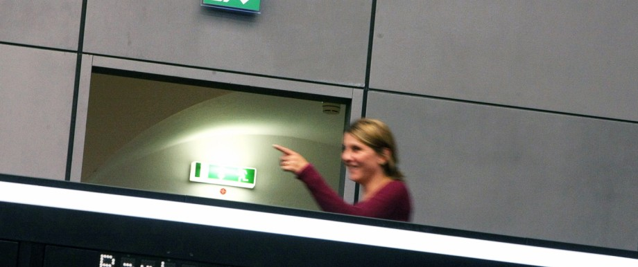 Frankfurt Stock Exchange Reacts To Plunge