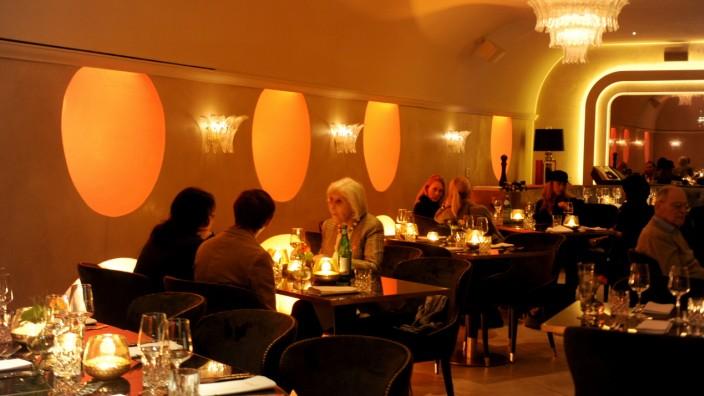 Im Münchner Tambosi gibt es gehobene italienische Küche ...