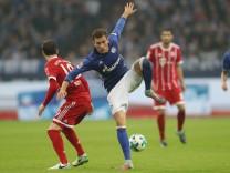 firo :  19.09.2017 Fußball,  Saison 2017/2018 1.Bundesliga FC Schalke 04 - FC Bayern München