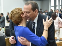 Die konstituierende Sitzung des neuen saarländischen Parlamentes nach der Landtagswahl findet am Die