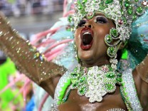 It takes a lot of energy and training to become a great samba dancer and to para