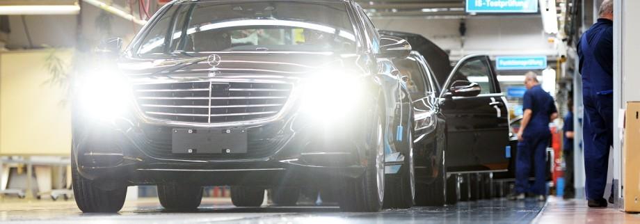 An vielen Daimler-Standorten vermehren rechtsextreme Betriebsräte ihren Einfluss.