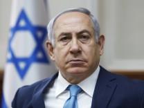 Benjamin Netanjahu, Ministerpräsident von Israel, bei einer Kabinettssitzung 2018 in Jerusalem.